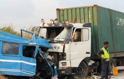 ДТП с автобусом в Конго: 25 погибших