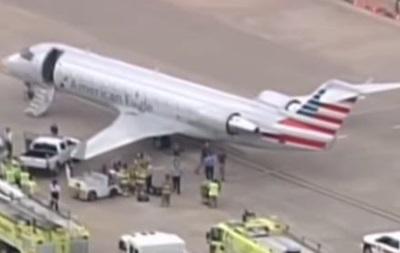 У Кароліні літак зіткнувся з буксиром