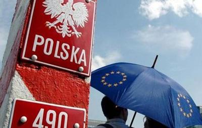 Польша выдала украинцам 95 тыс рабочих виз в 2017