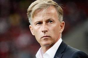 Вольфсбург уволил третьего тренера за последний год