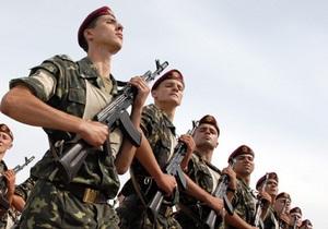 Эксперт: Украинскую армию можно сократить вдвое, если не будет войны с Россией