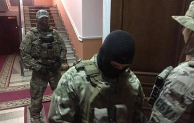 В Тернополе обыскали прокуратуру и полицию