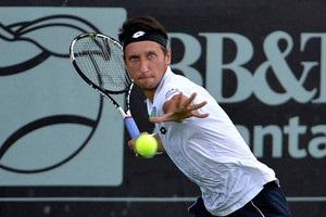 Стаховский вышел во второй круг турнира в Измире, где сыграет с Марченко