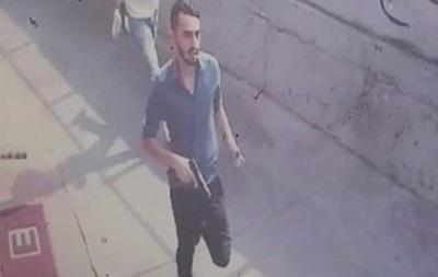 Возле суда в Стамбуле произошла перестрелка