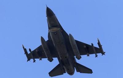 Турция разбомбила оружейные склады курдов на севере Ирака