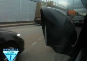 Бютовец об инциденте с кортежем: Сегодня охранники ломают людям зеркала, а завтра начнут стрелять