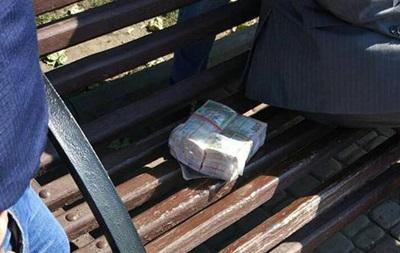 На взятке в $25 тысяч погорел бывший чиновник Харьковской ОГА