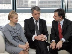 Корреспондент: Украинские лидеры пренебрегают идеологическими принципами за границей