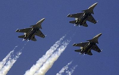 США закриють небо для військових літаків Росії
