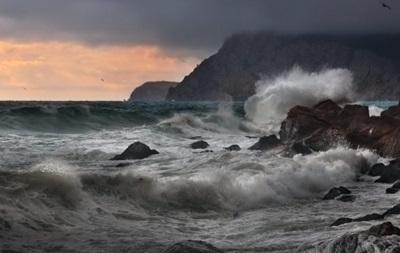 Шторм в Крыму обесточил 12 сел