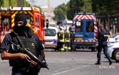 В престижном районе Парижа нашли самодельные бомбы