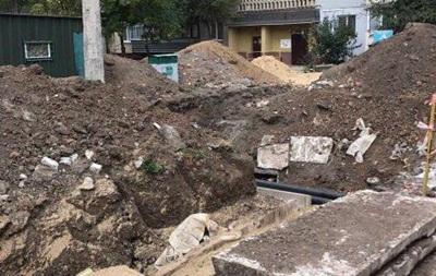 В Харькове погиб мужчина, упавший в котлован теплосетей