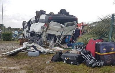 У Туреччині перекинувся автобус із туристами з Німеччини, є загиблі