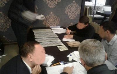 В Ізмаїлі прокурор та депутат попалися на хабарі в $40 тисяч