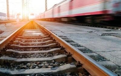 У Хмельницькій області поїзд збив хлопця в навушниках