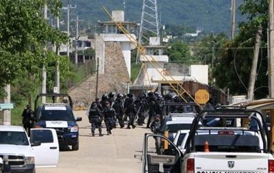 При бунте в мексиканской тюрьме погибли 13 человек