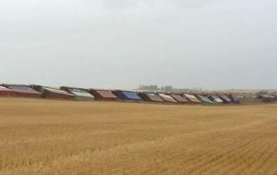 У Канаді два потяги зійшли з колії через сильний вітер