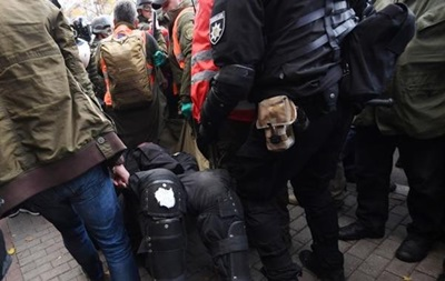 Столкновения под Радой: активиста арестовали за нападение на полицейского