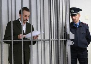 Осужденный за взятку судья Зварич написал книгу о коррупции в судах