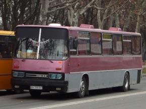 В Киеве перевернулся Икарус: есть травмированные