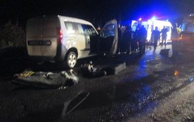 Під Бердичевом зіткнулися два авто, є жертви
