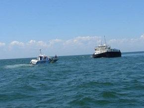 В Азовском море российские пограничники задержали два украинских судна