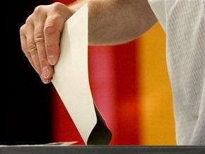 Избирательный участок в Берлине закрыли из-за подозрительного чемодана