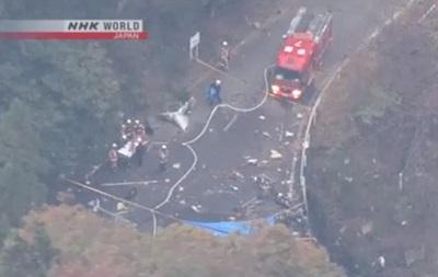 В Японії вертоліт упав на міст