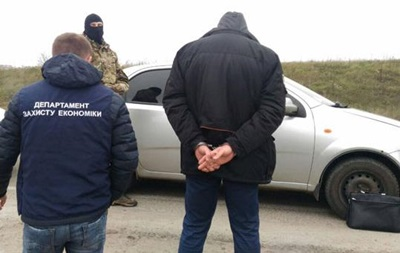 В Ровно на взятке задержали прокурора