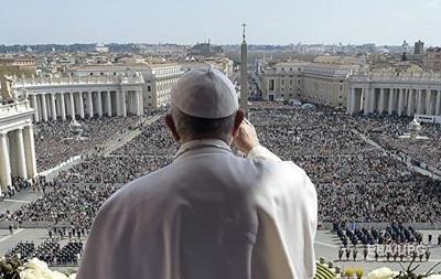 Папа Римский расстроен множеством смартфонов на мессах
