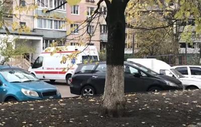 В Киеве погибла девушка, выпрыгнув с 14-го этажа