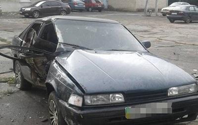 В Запорожской области автомобиль врезался в столб: есть жертвы