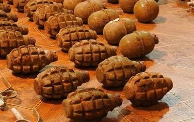 В Запорожской области в тайнике нашли 40 гранат