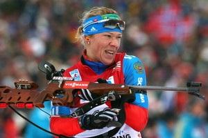 Российскую биатлонистку обвинили в манипуляциях с допинг-пробами