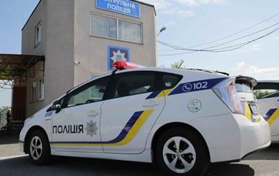 В Харькове полицейская машина протаранила Lexus