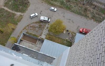 В Николаеве подросток выбросился из окна 14-го этажа