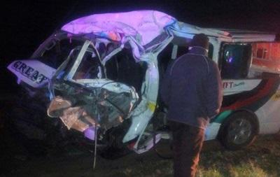 У Кенії маршрутка зіткнулася з коровою: 12 загиблих