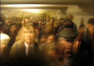 В киевском метро отменили бесплатный проезд для пенсионеров и других льготников
