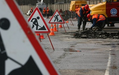 На одной из улиц Киева ограничат движение на четыре месяца