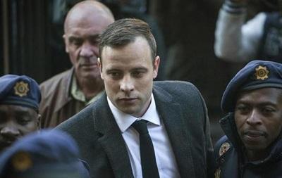 Паралимпийцу Писториусу увеличили срок за убийство подруги