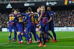 Барселона ушла от поражения в матче с Валенсией