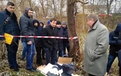 В Киеве возле озера нашли обезглавленный труп