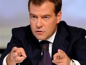 Медведев поручил внедрять энергоэффективные технологии  железной рукой