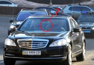 Журналисты заинтересовались таинственным кортежем с мигалками, замеченным в Киеве. Расследование привело к Курченко