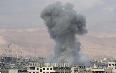 Авіаудари РФ по Сирії: спостерігачі повідомляють про десятки жертв