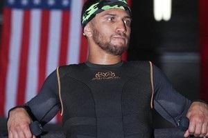 Ломаченко отправился в Нью-Йорк на бой с Ригондо