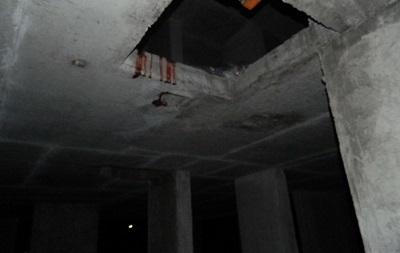 У Києві на будівництві працівник упав з 25-го поверху