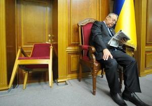 Фотогалерея: Руки прочь от Тимошенко! БЮТ заблокировал Раду в поддержку своего лидера