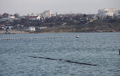 В бухте Севастополя всплыл газопровод