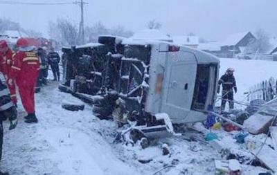 У Румунії перекинувся автобус, є жертви